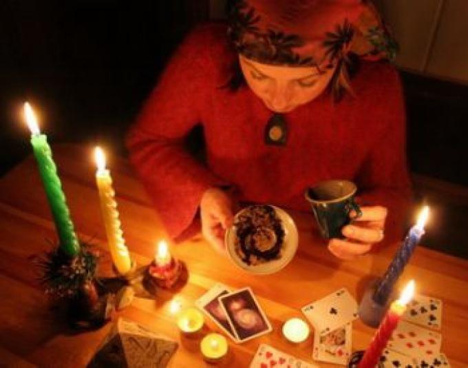 Гадания на картах на рождество в домашних условиях