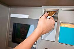 Активизировались мошенники, ворующие деньги с банковских карт